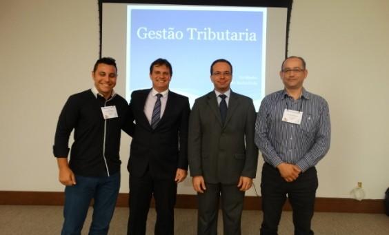 Diego Curi, o Dr. Wéliton Altoé, Sr. Ricardo Rocha Grola e Onir Trindade Figueredo.